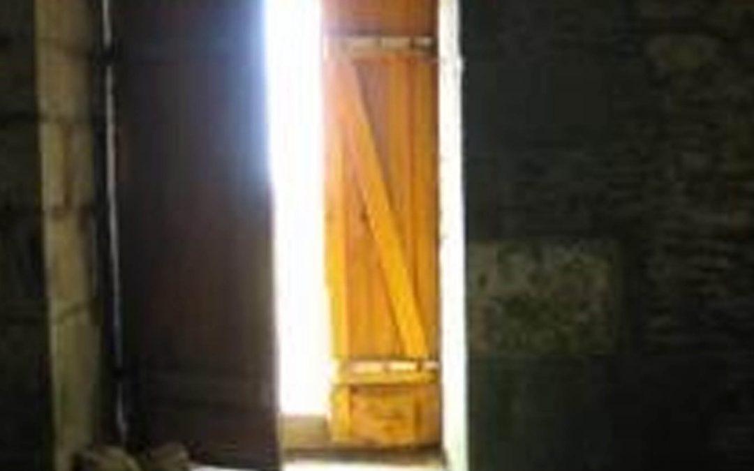 La puerta del Cambio Interno SOLO se abre desde adentro